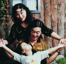 六小龄童一家满满都是爱