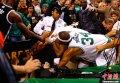 NBA:隆多带头群殴 凯尔特人负篮网输球输人