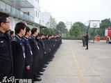 信阳市民政局大力救助流