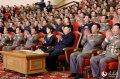 金正恩携李雪主观看人民军演出和体育比赛
