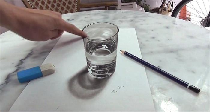 高清:俄艺术家用新颜料技术创作立体画【2】