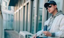林俊杰这一身男生穿搭看着简单,其实挺高级的,很帅很阳光